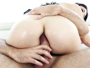 Thick Messy Facial For His Ass Fucked Queen