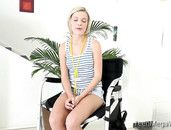 Flexible And Foxy Blonde Doing Splits And Getting Laid