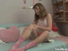 Foot Rub For His Teenage GF Gets Him Laid