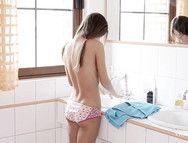 Pink Panties Girl Shaves Her Body In The Bathroom