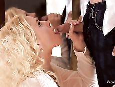Romancing His Way Into The Cunt Of A Hot Blonde