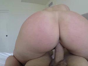 Big Ass Blonde Amateur Fucks Like A Goddess