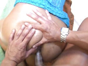 Chubby Latina Sucking And Fucking In A Hotel Room