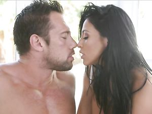 Sporty Audrey Bitoni Licked And Fucked In Her Wet Cunt
