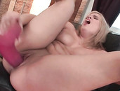 Thick Body Blonde Girl Gets Off Fucking Her Big Toys