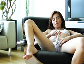 Kaylee Haze Desires Good Fucking From A Fit Man