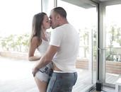 Foxi Di Makes Him Cum With Her Ass