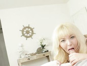 Cocksucker With Curves Loves Having Dick In Her Mouth